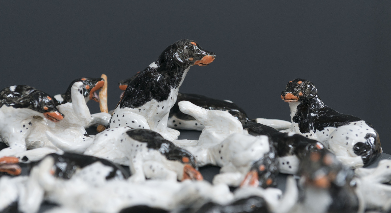 Beelden van honden gemaakt door Meike Hakkaart van Artez